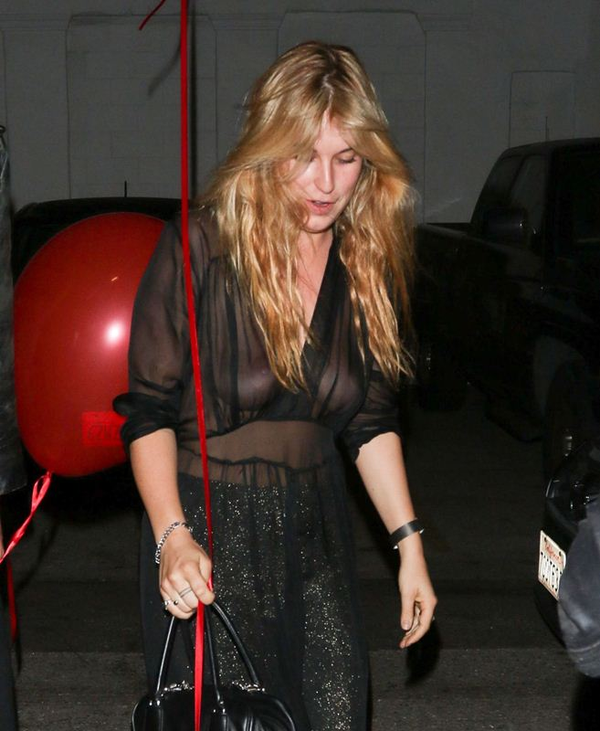 scout-willis-night-out-style-braless-see-through-los-angeles-october-kanoni-3