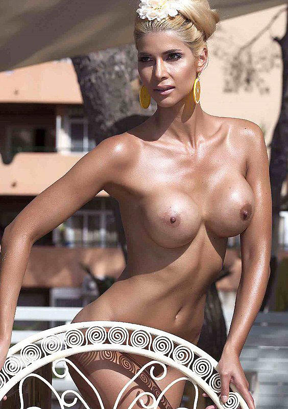 Micaela-Schaefer-Oiled-Up-And-Topless-Kanoni-1
