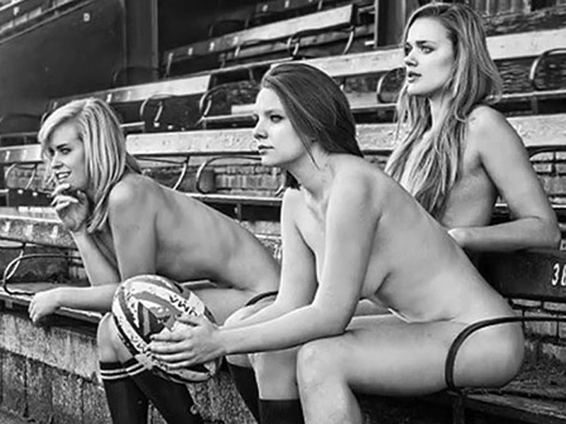 Oxford-University-Female-Rugby-team-nude-kanoni-3