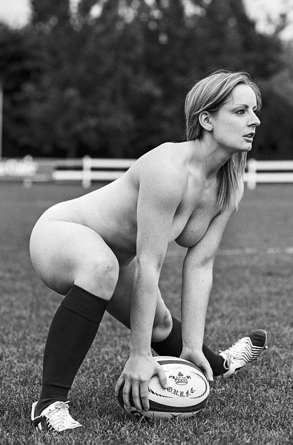 Oxford-University-Female-Rugby-team-nude-kanoni-7
