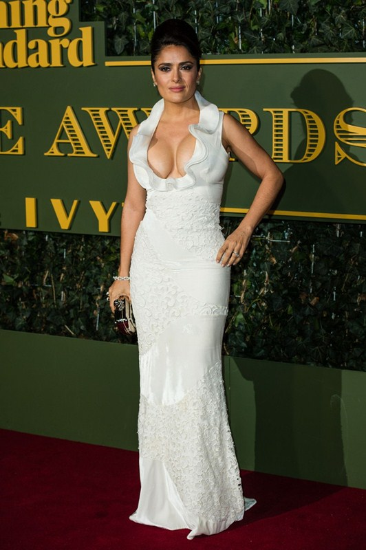 salma-hayek-at-evening-standard-theatre-awards-in-london-kanoni-2