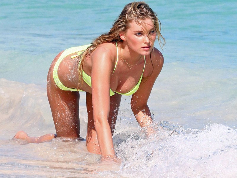 Victoria's Secret Models Do A Photo Shoot In St Barts