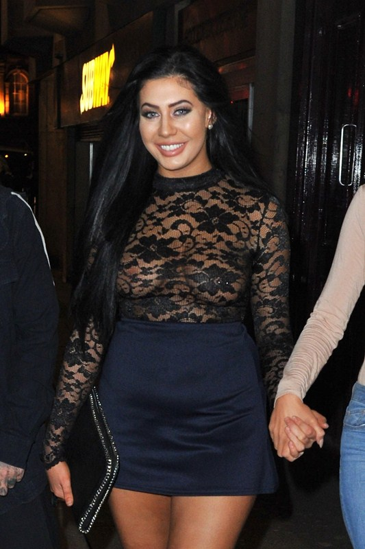 chloe-ferry-braless-see-through-nipples-night-out-newcastle-kanoni-1