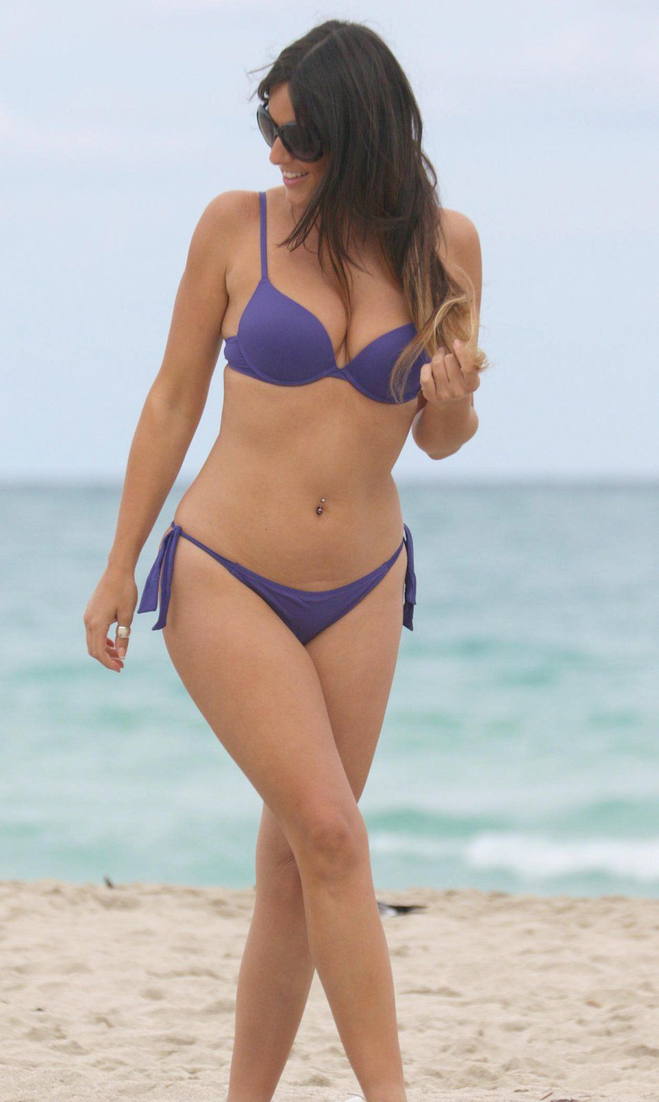 Claudia-Romani-in-Purple-Bikini-in-Miami-Beach-Kanoni-2