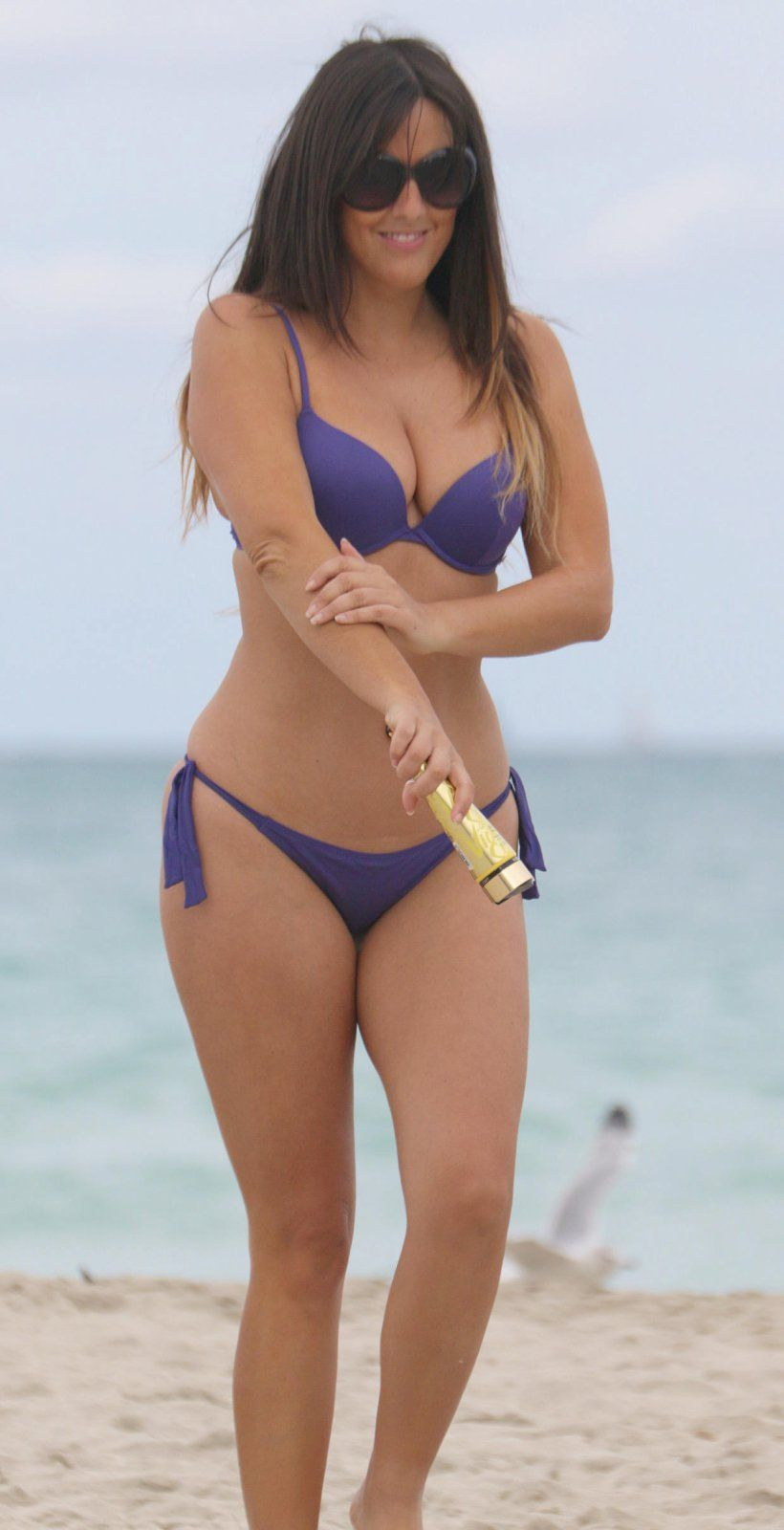 Claudia-Romani-in-Purple-Bikini-in-Miami-Beach-Kanoni-4