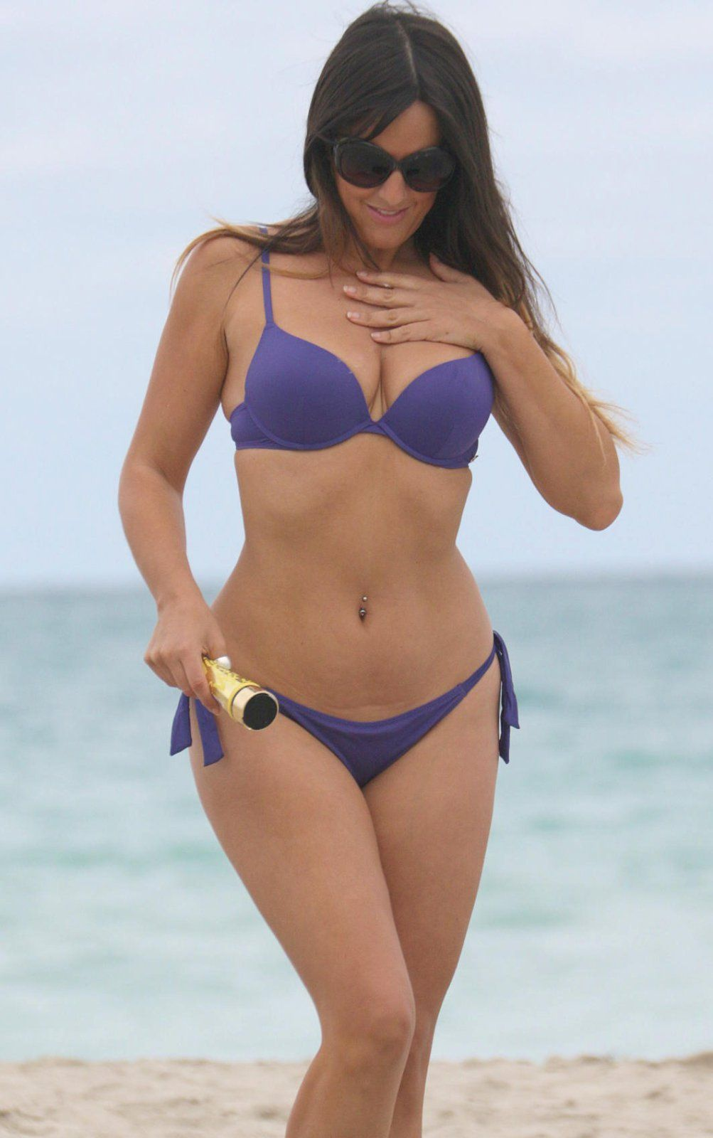 Claudia-Romani-in-Purple-Bikini-in-Miami-Beach-Kanoni-6