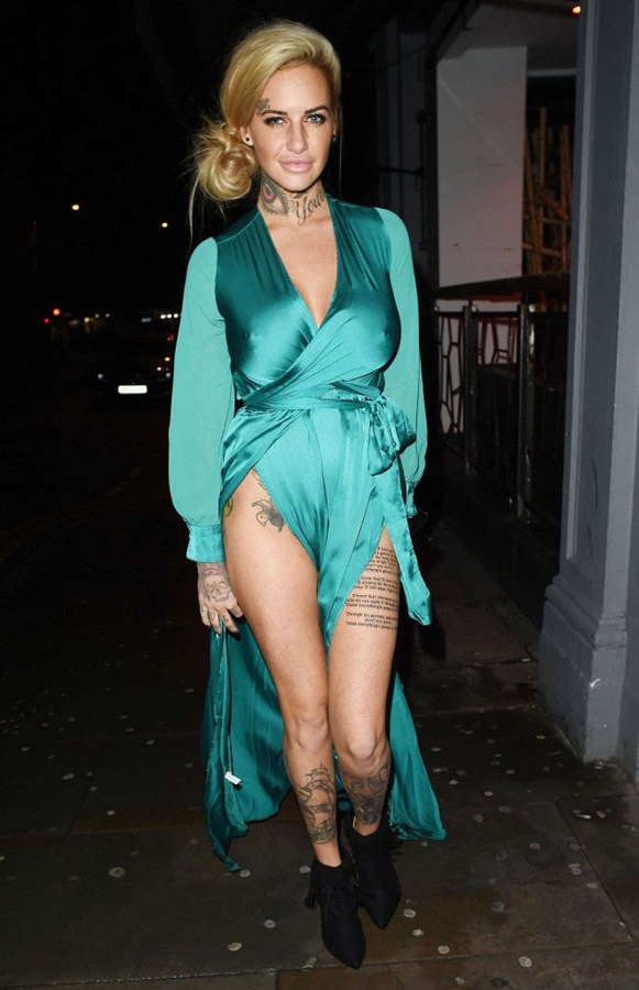 Jemma-Lucy-in-Green-Dress-Night-Out-Manchester-Kanoni-7