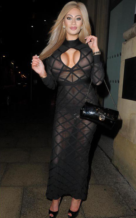Sophie-Dalzell-See-through-dress-manchester-kanoni-5