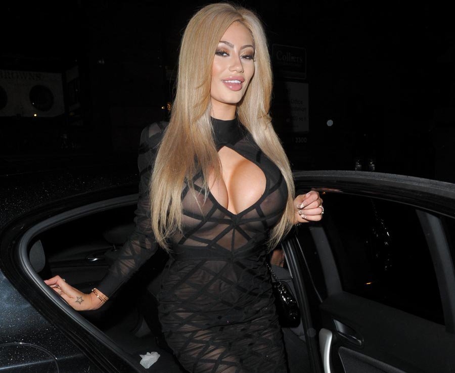 Sophie-Dalzell-See-through-dress-manchester-kanoni-8