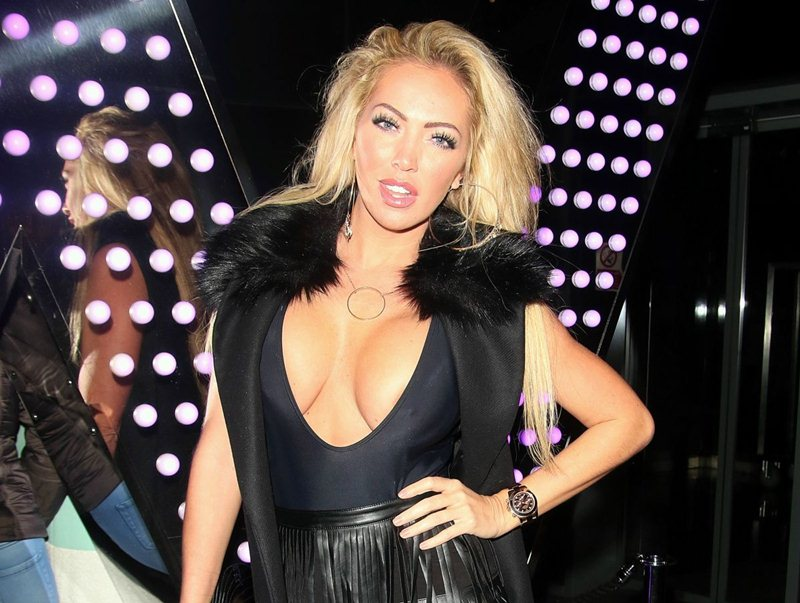 aisleyne-horgan-wallace-hot-night-out-in-london-kanoni-2