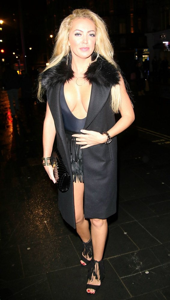 aisleyne-horgan-wallace-hot-night-out-in-london-kanoni-4