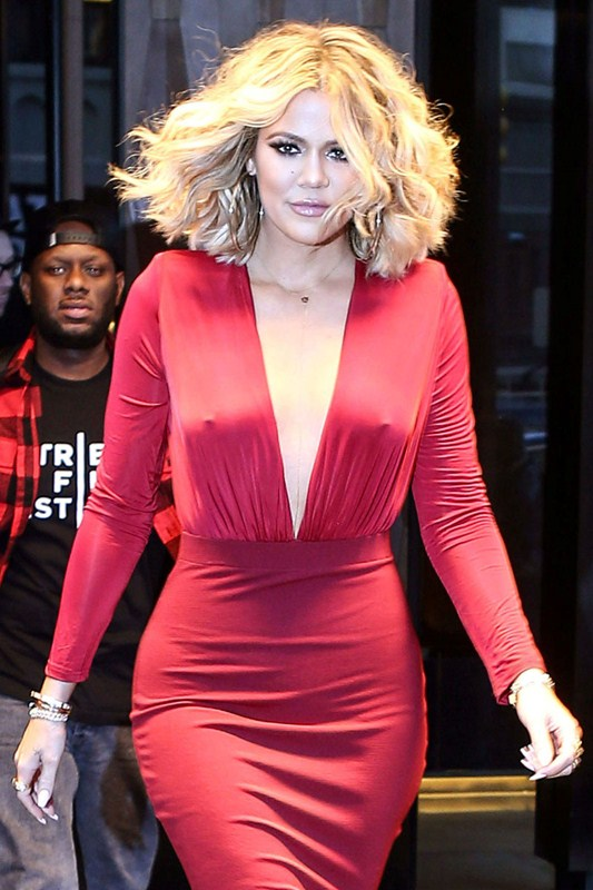 Khloe Kardashian is red hot as she heads to 'Live with Kelly and Michael'