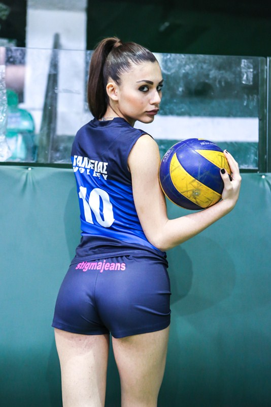 Sevasti-Hormova-Sexy-Volleyball-Player-Kanoni-2