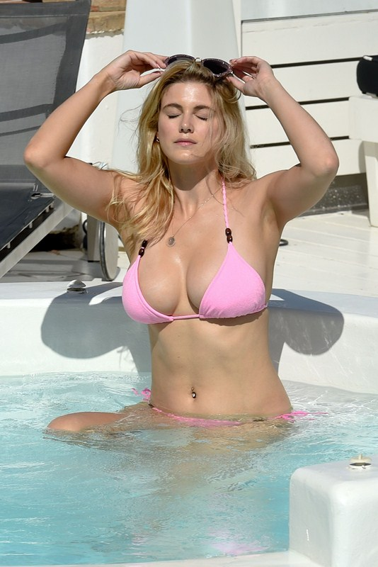 Ashley-James-in-a-Pink-Bikini-Pool-Mykonos-Kanoni-1