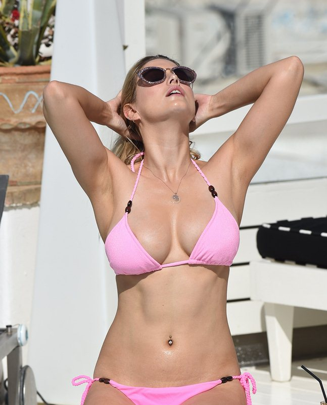 Ashley-James-in-a-Pink-Bikini-Pool-Mykonos-Kanoni-7
