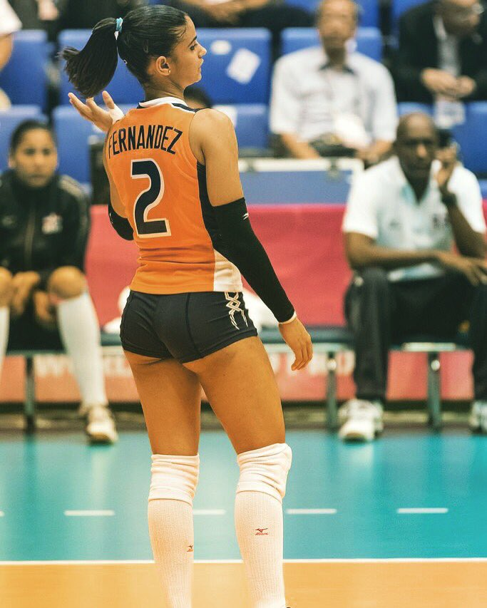 Winifer-Fernandez-Sexy-Volleyball-Player-Dominican-Kanoni-1