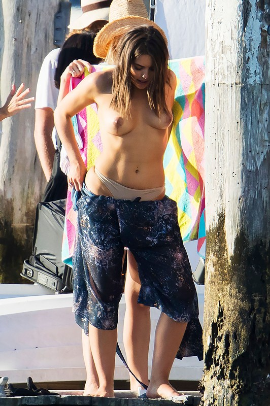 Olympia-Valance-Topless-while-changing-photoshoot-in-Sydney-Kanoni-8