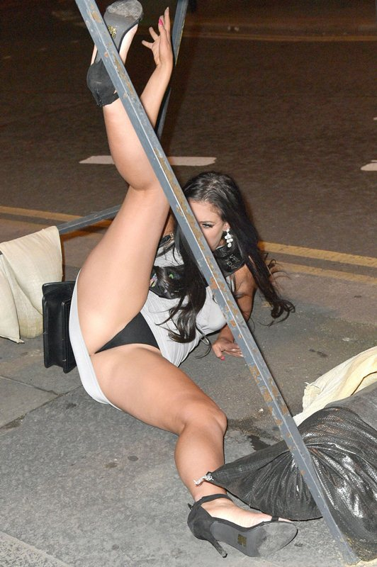 Chloe-Ferry-Upskirt-celebrate-21-birthday-newcastle-kanoni-1
