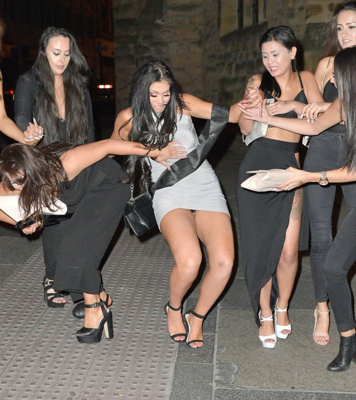Chloe-Ferry-Upskirt-celebrate-21-birthday-newcastle-kanoni-8