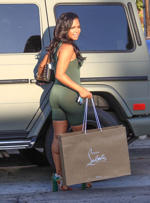 Christina-Milian-Sexy-Green-Outfit-Los-Angeles-Kanoni-6