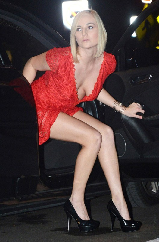 kate-england-nipple-slip-red-dress-night-out-miami-kanoni-1