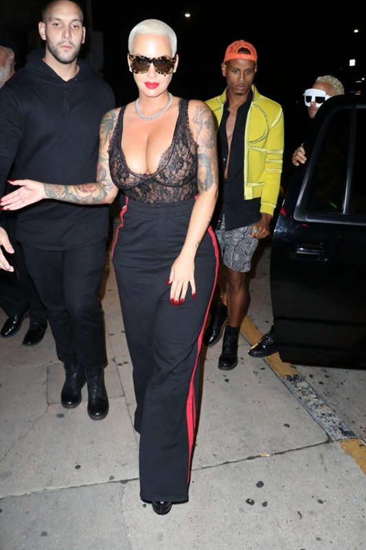amber-rose-big-boobs-night-out-in-santa-monica-kanoni-5