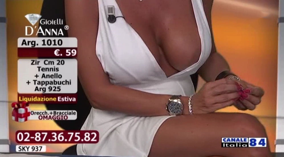 Emanuela-Botto-Boobs-Sexy-White-Dress-Kanoni-4  Kanoni Net-8782