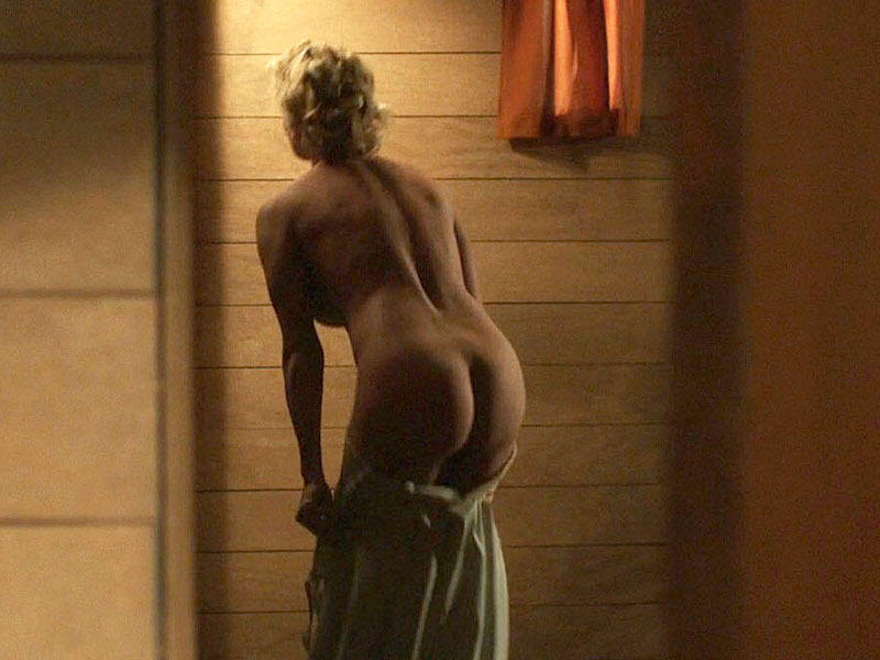 pamela-anderson-the-people-garden-naked-scenes-kanoni-4