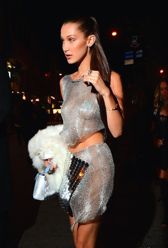bella-hadid-arrives-braless-at-up-down-nightclub-in-new-york-kanoni-8
