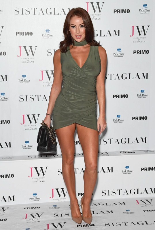 laura-carter-sexy-green-dress-at-sistaglam-launch-party-in-london-kanoni-5