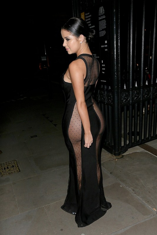 demi-rose-no-underwears-black-see-through-dress-night-out-london-kanoni-4
