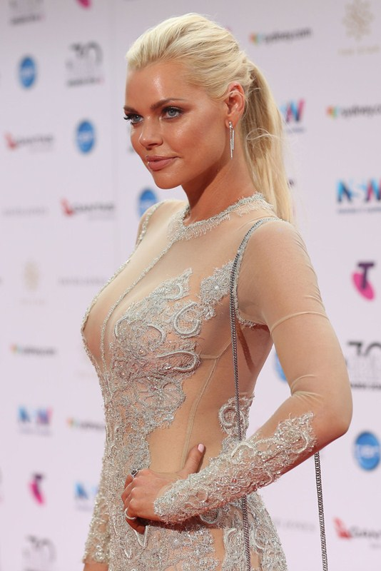 sophie-monk-see-through-braless-dress-aria-awards-sydney-kanoni-6