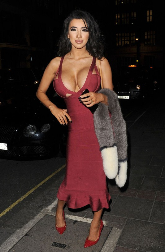 chloe-khan-red-dress-big-boobs-out-for-dinner-in-mayfair-kanoni-2