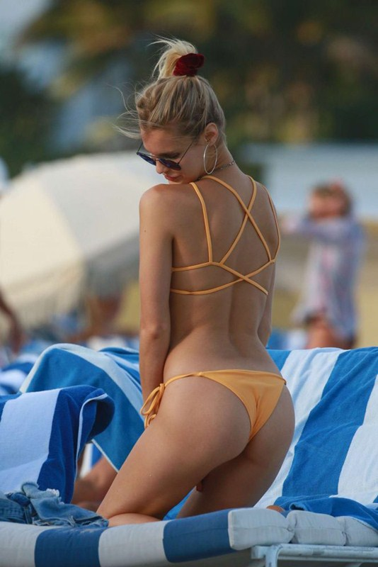 joy-corrigan-in-yellow-bikini-miami-beach-kanoni-4