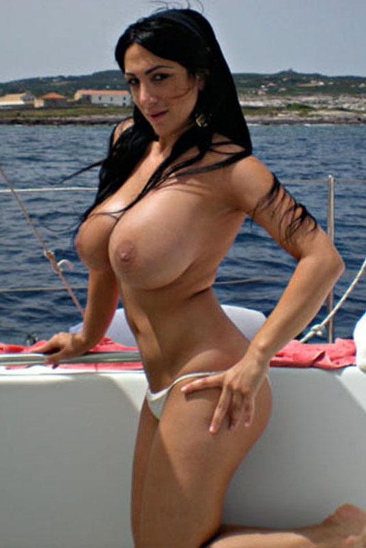μεγάλο μαύρο στήθος πορνό