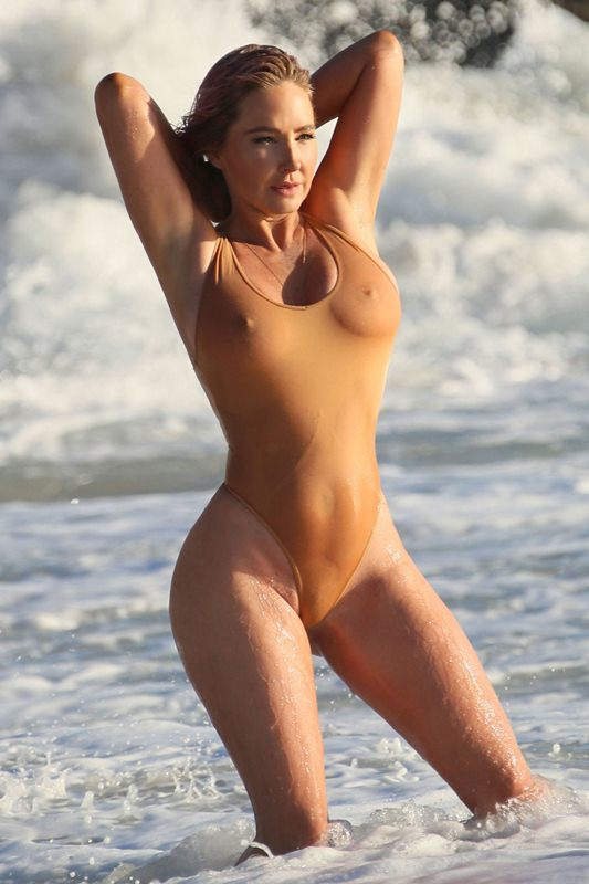 Nikki Lund Nude The Fappening