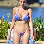 Η Farrah Abraham έχει camel toe με thong μπικίνι σε πισίνα στο Beverly Hills